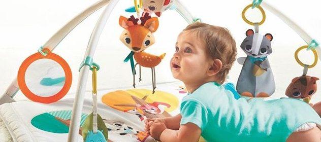 Maty edukacyjne dla niemowląt – dobry pomysł na prezent?